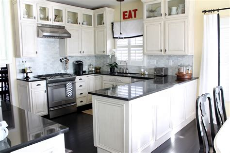 Hmh Designs White Kitchen Cabinets Timeless And Transcendent