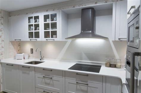 cocina rustica blanca  encimera silestone cocinas