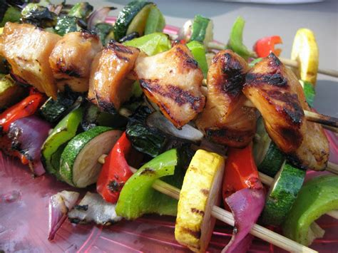 yummy honey chicken shrimp  vegetable kabobs  hint