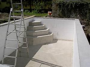 Steine Für Poolumrandung : einstieg f r den pool betonieren ~ Frokenaadalensverden.com Haus und Dekorationen