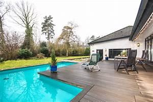 Haus Mit Schwimmbad : verkauft einfamilienhaus mit schwimmbad in 21521 dassendorf thonhauser immobilien trittau ~ Frokenaadalensverden.com Haus und Dekorationen