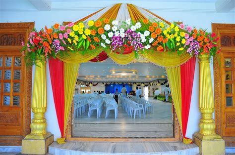 Fabulous Home Entrance Design Ideas For Wedding Decoration