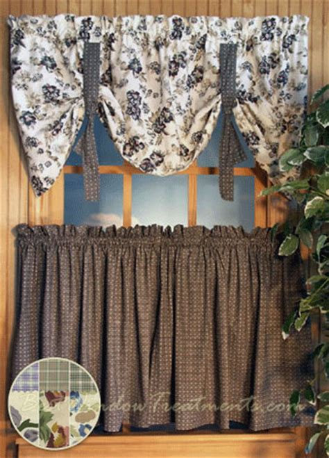 Potpourri Plaid and Floral Tier Curtains in Wedgewood Blue