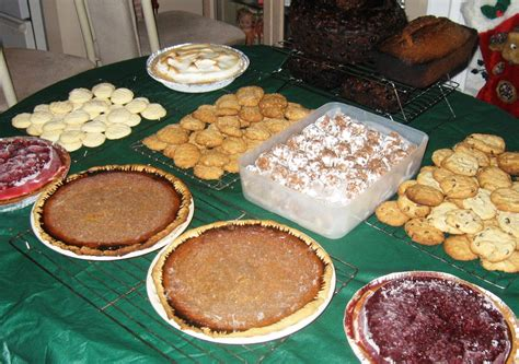 christmas baked goods worship melodies pay it forward