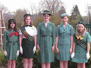 Northville Girl Scouts Volunteer in Vintage Uniforms ...