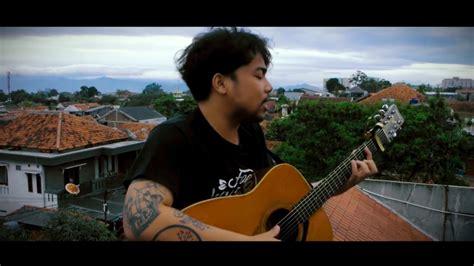 Sahabat Kecil (cover) Ipang Lazuardi