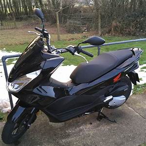 Scooter Honda 125 Pcx : honda pcx125 150 owner reviews motor scooter guide ~ Medecine-chirurgie-esthetiques.com Avis de Voitures