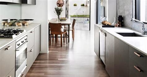 Timber versus laminate flooring: which is better