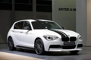 Bmw Serie 1 M : 2012 bmw 1 series m performance accessories unveiled photos caradvice ~ Gottalentnigeria.com Avis de Voitures