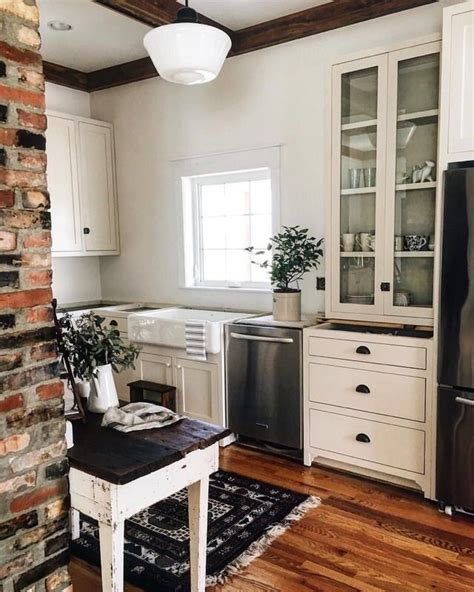 what is kitchen design in with this small kitchen kitchen 7042