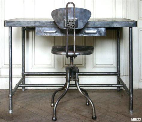 chaise de bureau industriel ensemble pupitre vers 1960