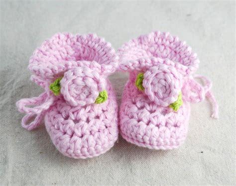 crochet baby booties crochet baby booties with rosettes creations by kara