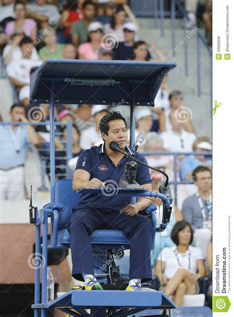 chair umpire keothavong during match