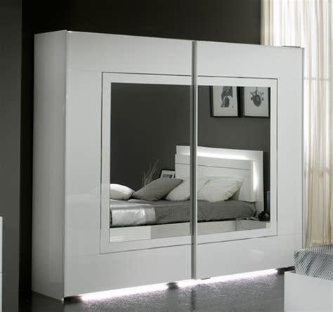 largeur porte chambre armoire de chambre porte coulissante