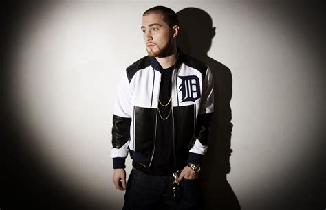 Mike Posner Weight, Height And Age. We Know It All
