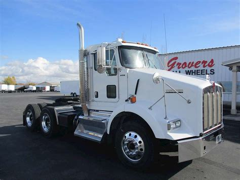 trucksales kenworth 2012 kenworth t800 day cab truck for sale 248 000 miles