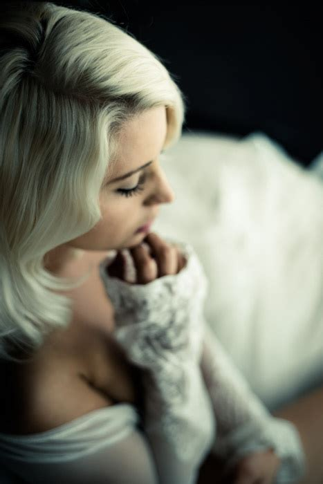 The Complete Guide To Boudoir Photography 88 Great Tips