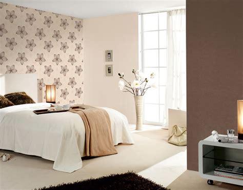 papier peint tendance chambre des papiers peints jeunes et colorés gt intérieur et décoration