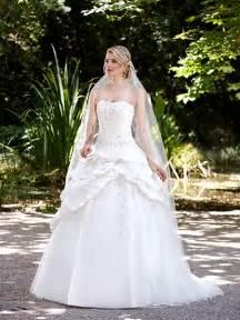 robe de mariage robe de mariée majestée robe de mariée romantique robe de mariage jupe bouillonée sur point