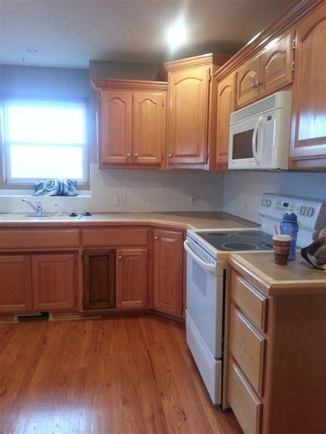 Restaining Oak Cabinets by 1000 Ideas About Restaining Kitchen Cabinets On