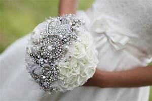 Bouquet Fleur Mariage : 5 bejeweled bridal bouquets ~ Premium-room.com Idées de Décoration
