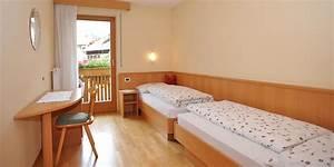 Zimmer Nr 4 : wohnung nr 4 messnerhof im pustertal s dtirol ~ Markanthonyermac.com Haus und Dekorationen