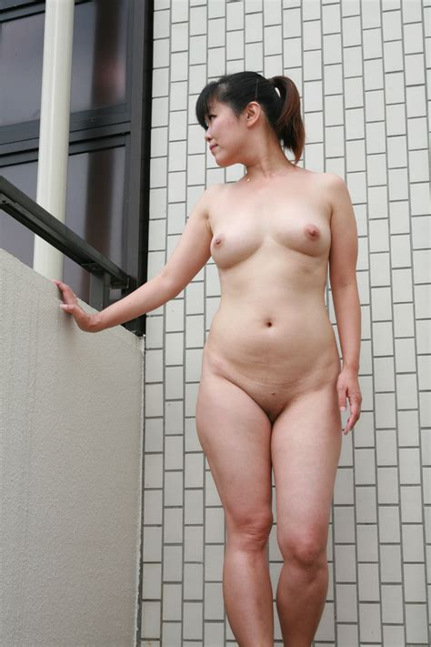 satomi reona nude