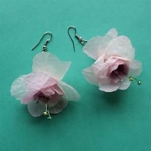 des boucles doreilles en papier de soie rose marie claire With tapis chambre bébé avec boucle d oreille en forme de fleur