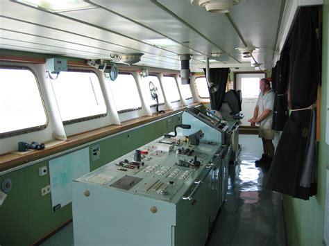 Ship Bridge by File Container Ship Bridge Jpg Wikimedia Commons