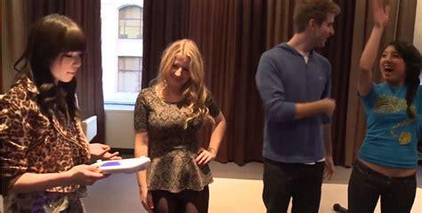 Carly Rae Jepsen Surprises Fans
