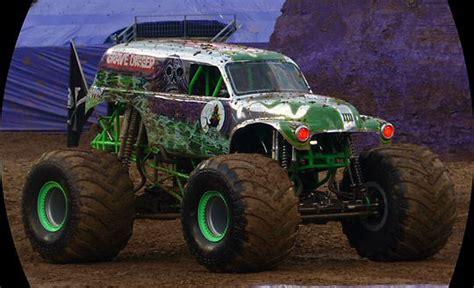 monster truck show in nashville tn monster jam is a marvelous muddy mess in music city