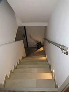 Treppe Fliesen Mit Schiene Anleitung : treppenfliesen willkommen in ihrem fliesenfachbetrieb ~ A.2002-acura-tl-radio.info Haus und Dekorationen