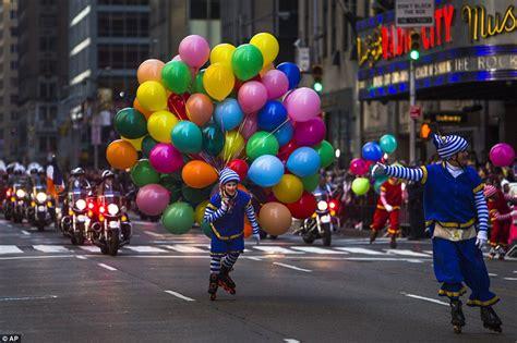 expected  macys thanksgiving day parade  ny