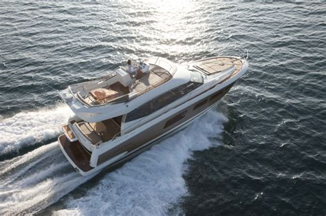 Pelican Boats Villefranche by Location Bateau Sans Permis Bateaux De 5 224 8 M Et Plus 224