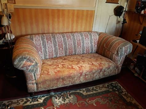 Free Sofas by Free Large 2 Seater Sofa In Southton Hshire