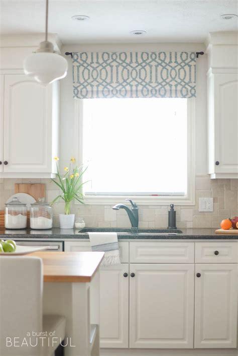 contemporary kitchen blinds 25 best ideas about kitchen window valances on 2466
