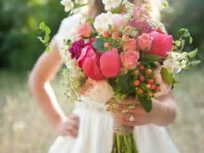 wedding flowers summer season wedding bouquets 15 trendy mods