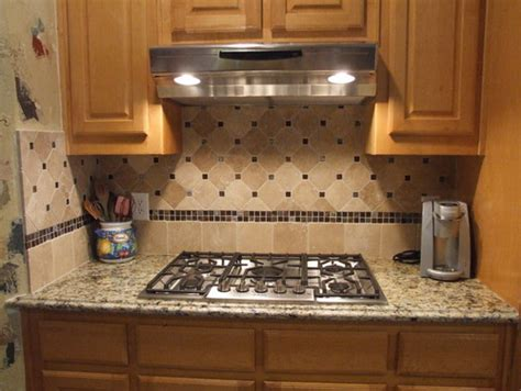 tile borders for kitchen backsplash what tile and border are used for the bottom portion of