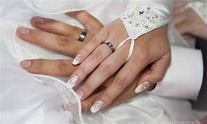 wedding rings on hands 0765 wallpapers13com With wedding ring goes on what hand