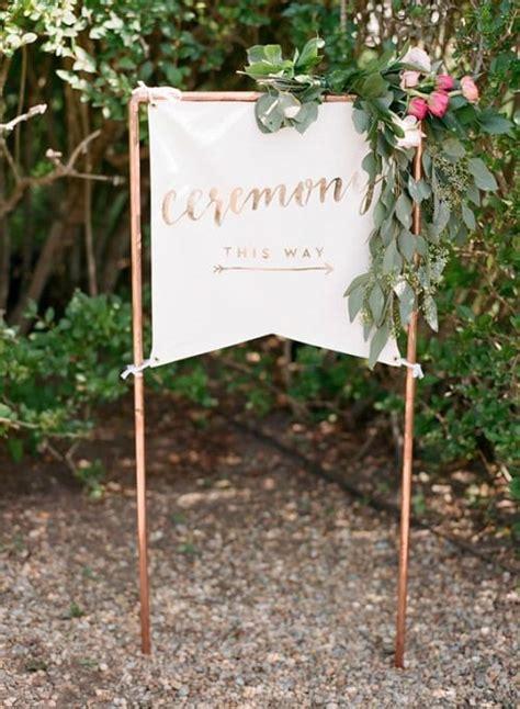 unique diy wedding signs   girls