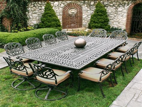White Metal Garden Table And Chairs, Iron Patio Furniture