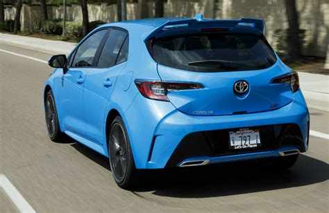 toyota corolla hatchback photo gallery