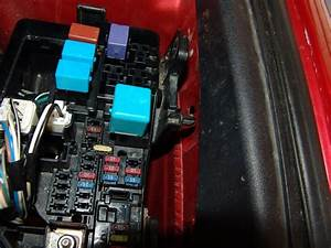 2009 Toyota Camry Changing The Multi Fuse Block