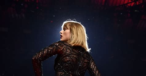 How Taylor Swift Could Use Her Internet Powers for Good ...
