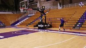 Northwestern football players try to recreate basketball ...