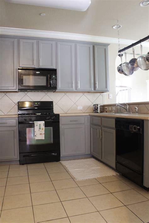 black kitchen cabinets lowes kitchen paint cabinets white cream kitchen black liances