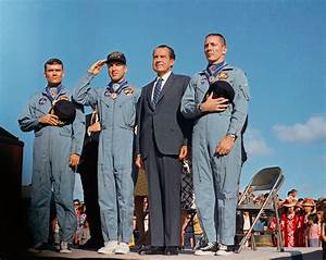 Apollo 13 Crew Receives Presidential Medal of Freedom | NASA
