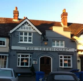 The Treehouse  A Bar Serving Food In Beaconsfield