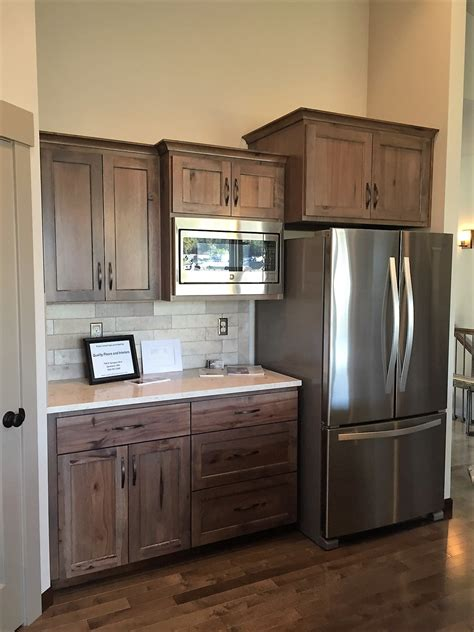inexpensive custom kitchen cabinets affordable kitchen cabinets oak raised panel kitchen