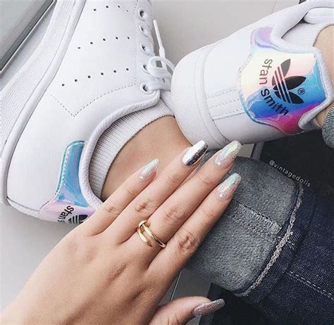 adidas stan smith hologram heel iridescent aq6272 fashion weeks in 2019 stan smith